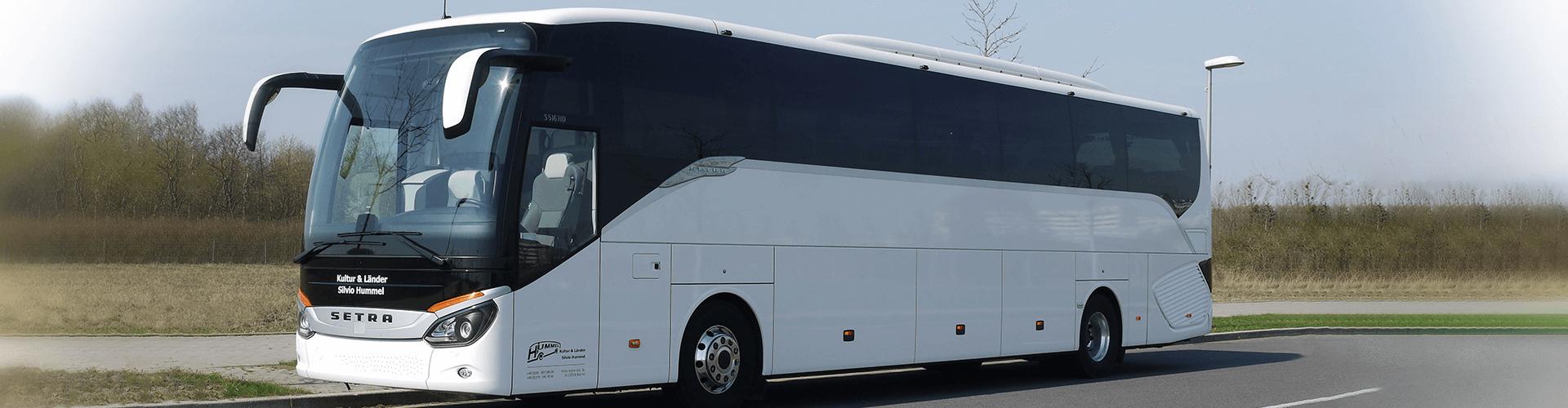 Bus für große Gruppen bis 53 Personen mieten